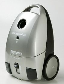 Electrolux - Mighty Mite Cylinder Vacuum Cleaner - Bagged