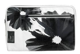 Golla Casusal G Bag 11 Inch Macbook Sleeve - White