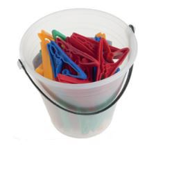Gizmo Bucket and 36 Pegs