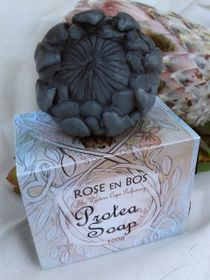 Rose en Bos Charcoal Protea Soap with Gift Box - 100g