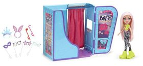 Bratz Photo Booth Playset With Doll