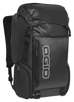 Ogio Throttle Backpack in Stealth
