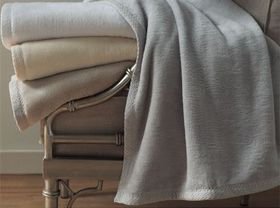 Chic Linen Belfiore Finesse Hospitality Blanket - (Size: Queen)