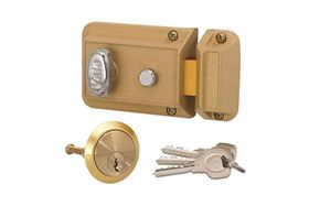 Yale - Night latch With Anti-Credit Card Latch Complete Cylinder