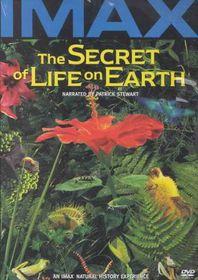 Secret Life on Earth - (Region 1 Import DVD)